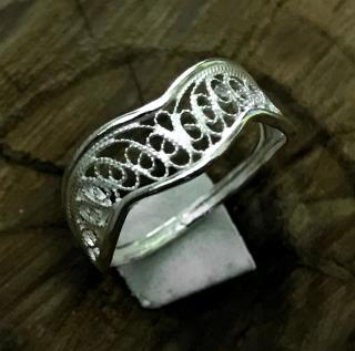 Crown Motif Silver Ladies Ring